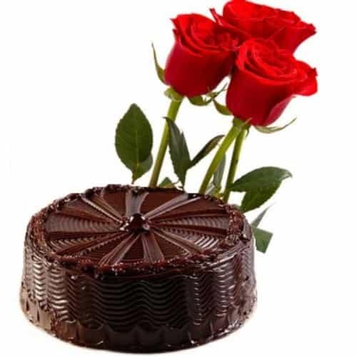 Red Rose Chocolate Cake