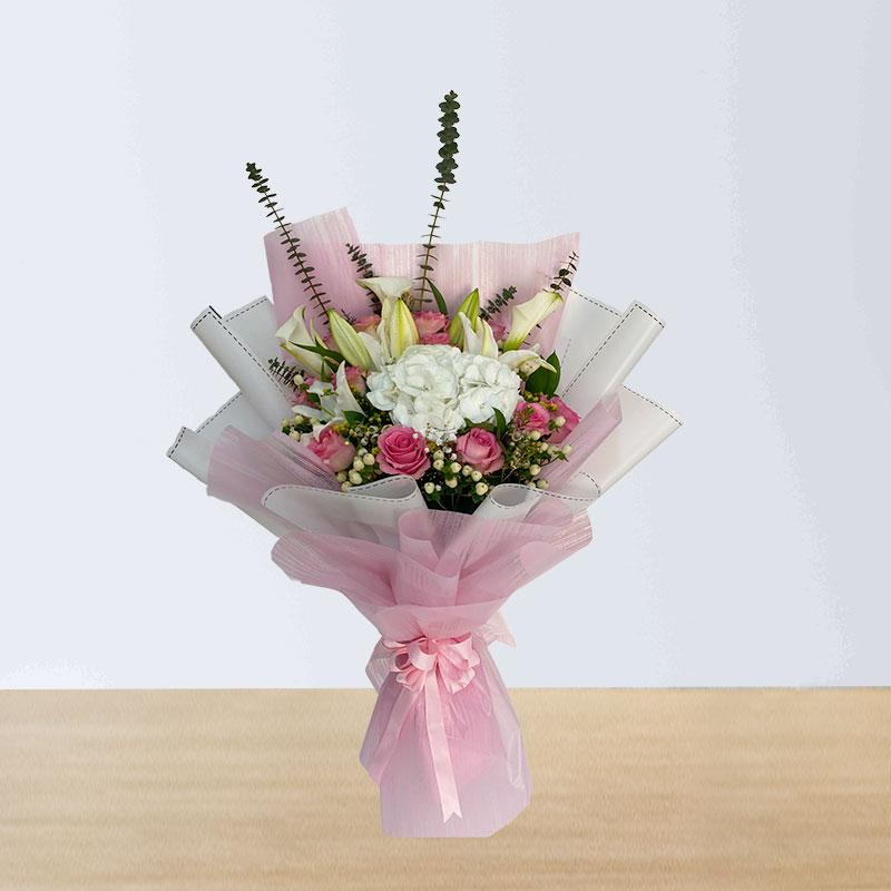 Soft Color Flowers Bouquet