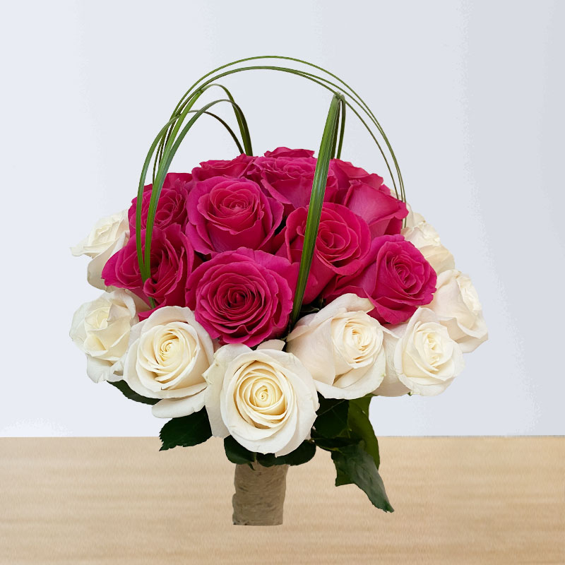 Anniversary white and Pink Roses Bouquet