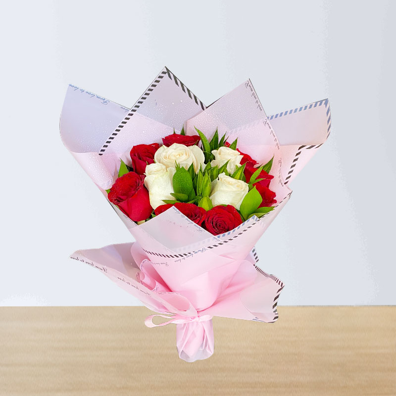 Red & White Hand Bouquet