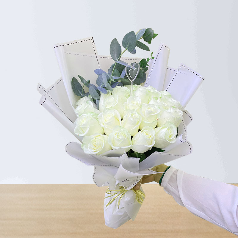 Long Stem White Roses Bouquet