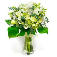 Vase with 10 White Cala Lilies , 10 White Roses & 5 White Cyrsanthimums