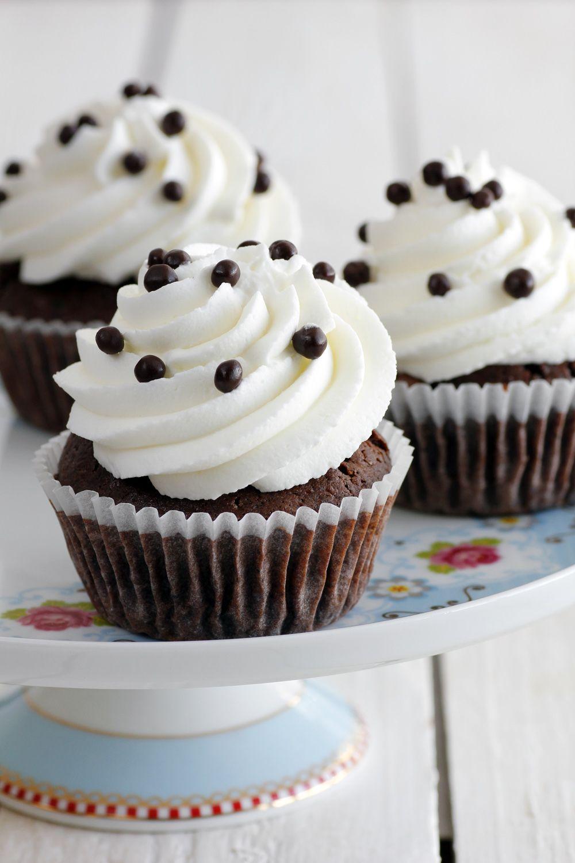 chocolate_and_cream_cupcakes